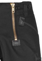 Bermudas Joe Canvas